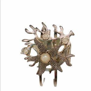 Bahama starfish & coral silvertone/pearl bracelet